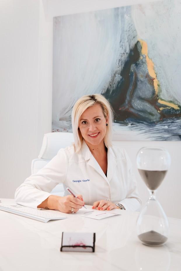 Γυναικολόγος Λάρισα - Χειρουργός Μαιευτήρας ~ Φωτογραφία Προφίλ Γυναικολόγου Γκορίλα Γεωργία